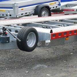 LAWETA WIOLA L35G65P DMC do 3500kg uchylna 3-osiowa